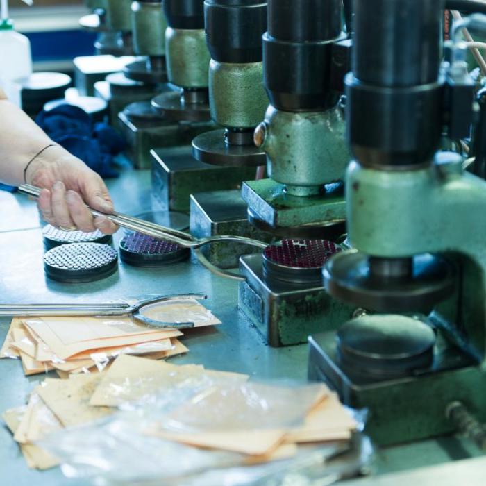 Assemblage - Préparation avant polissage - Groupe Rubis Précis