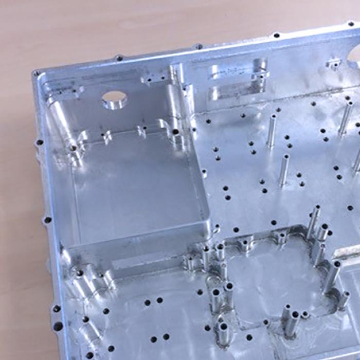 Ebavurage en tonneau - Ebavurage et dégraissage de pièce usinée - SPK Solutions