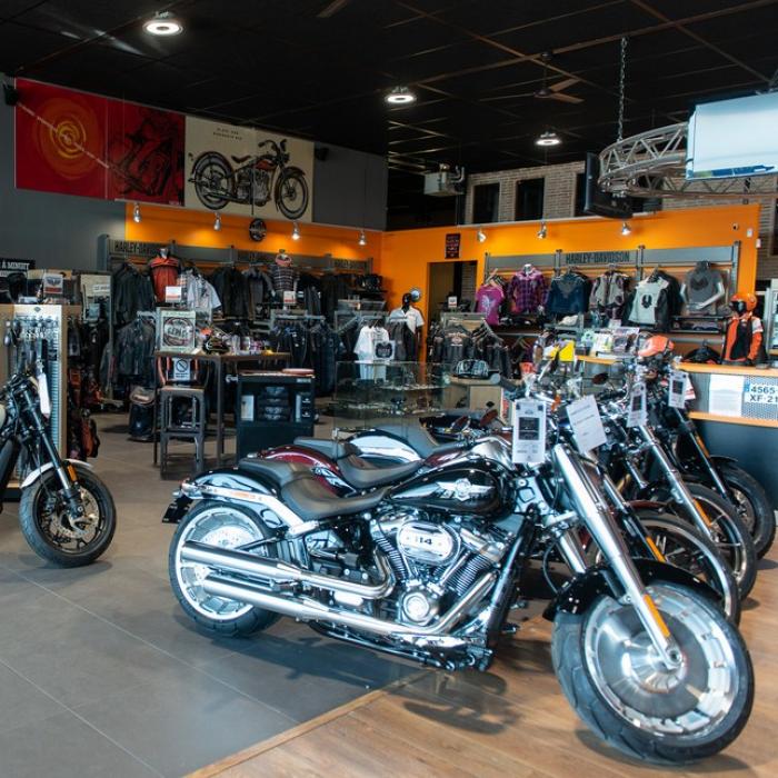 La concession, La concession, La concession - Showroom - Harley-Davidson Dijon