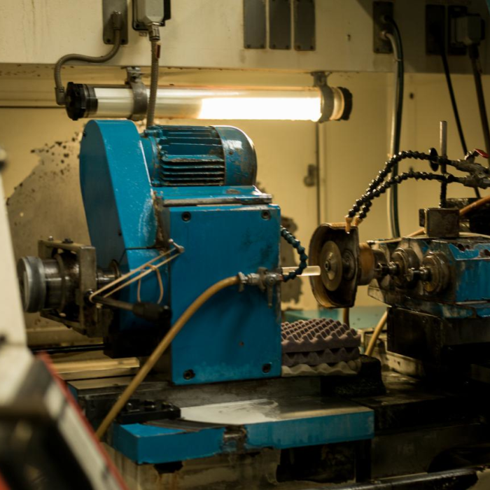 Usinage des céramiques et matériaux durs - Machine rewitech - Groupe Rubis Précis