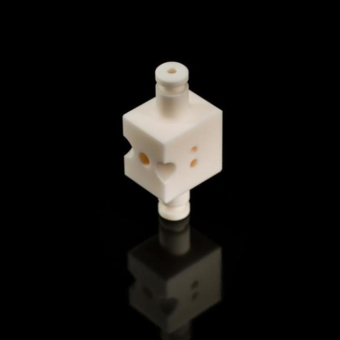 Alumina valve - Rubis Precis Group