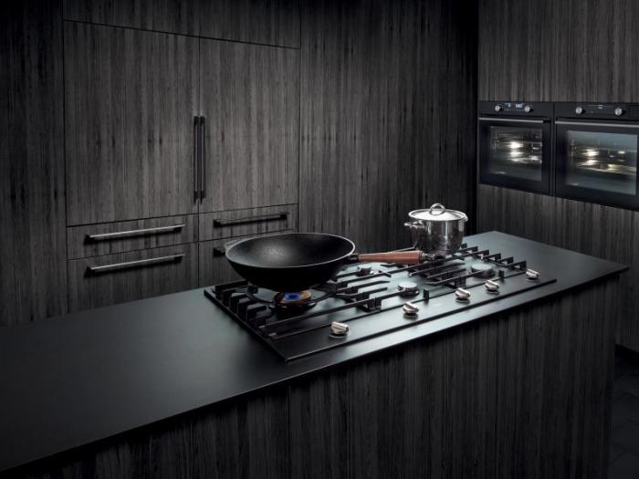 Electroménager - Table de cuisson gaz avec foyer spécial wok - VF Cuisines
